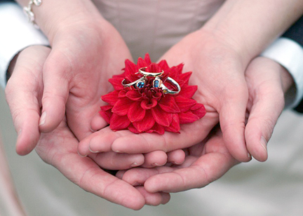 custom rings and flower